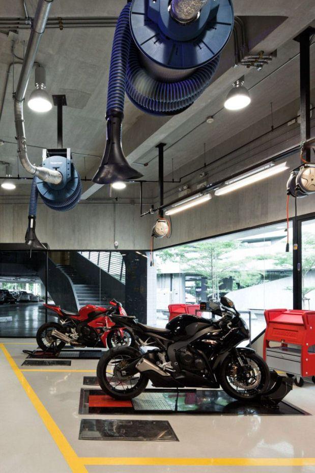 Honda BigWing - Bangkok - 13