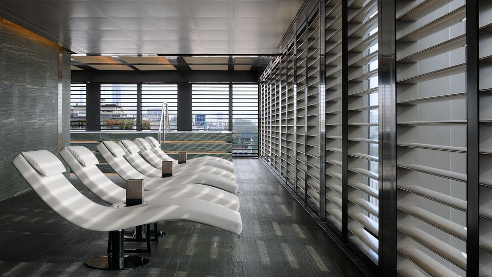 Armani Hotel-3b