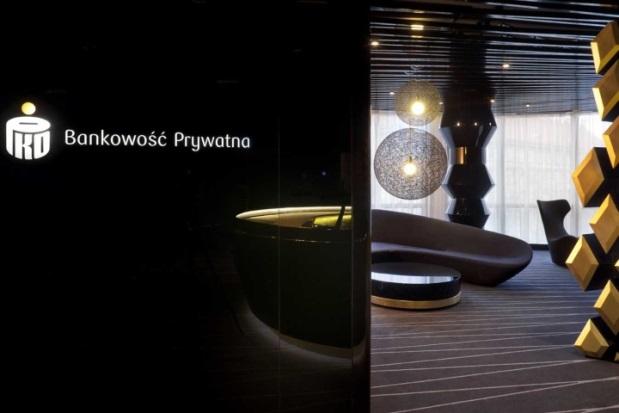 PKO Bank Polski - 4
