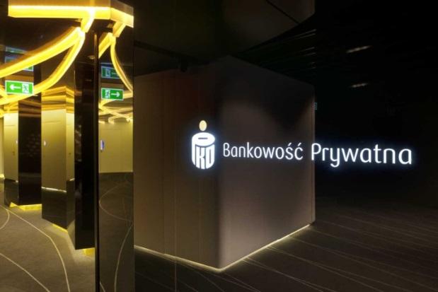 PKO Bank Polski - 6