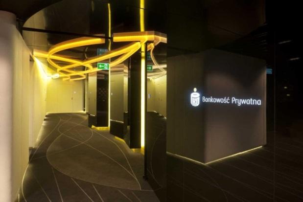 PKO Bank Polski - 7