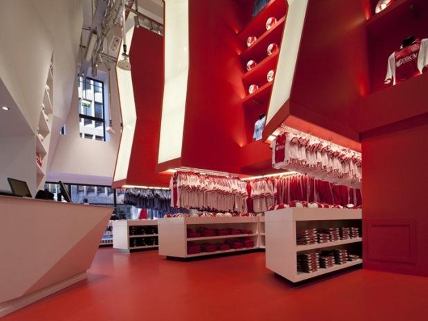 Ajax experience amsterdam ledbox for Salon audiovisuel amsterdam