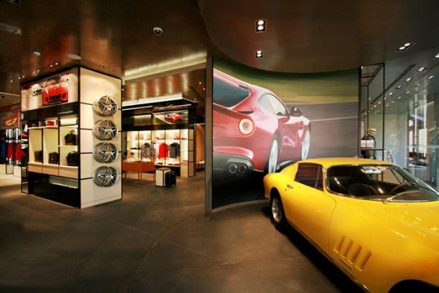 Ferrari Store - Maranello - 4
