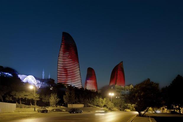 Flame Towers - Bakou - 2