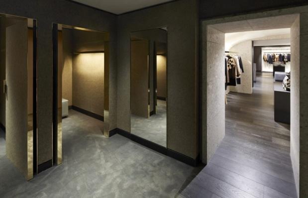 Givenchy - Avenue Montaigne - 6