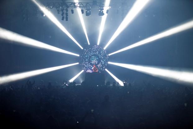 Joris Delacroix - Live Tour 2014 - 11