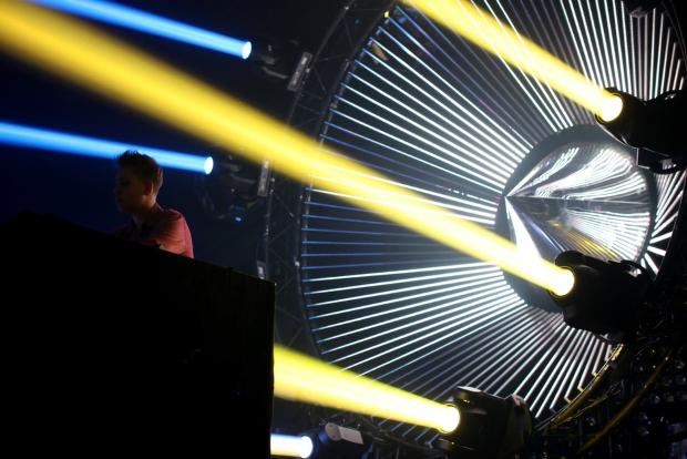 Joris Delacroix - Live Tour 2014 - 1b