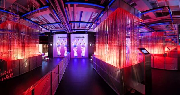 Adidas Springblade «Innovation Lab» - 1e
