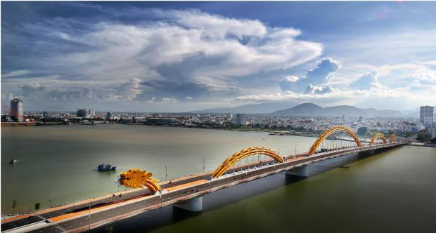 Dragon Bridge - Da Nang - 11