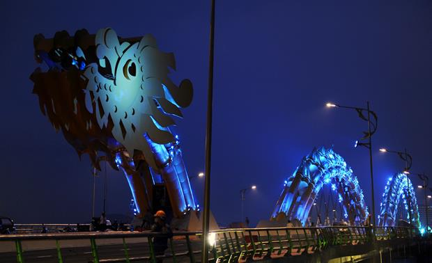 Dragon Bridge - Da Nang - 1d