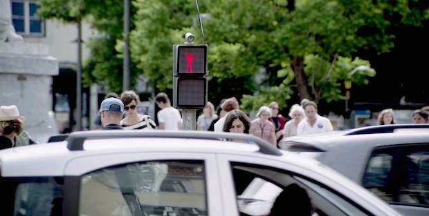 The Dancing Traffic Light - 3b