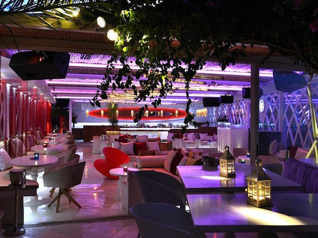 M Ultra Lounge - 11