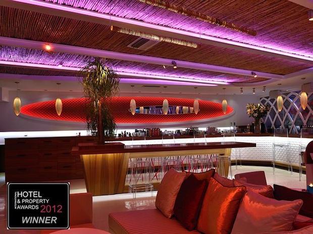 M Ultra Lounge - 2a