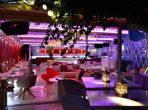 M Ultra Lounge - 2b