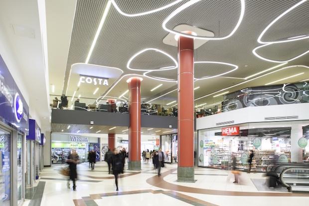 Plaza - Victoria Station - 1