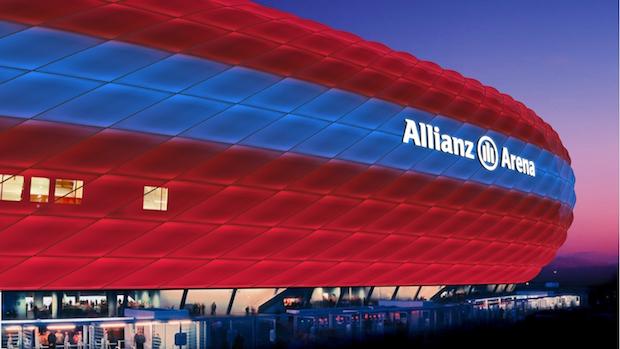 """Design-Studie/Visualisierung der Allianz Arena mit ihrer k¸nftigen Philips LED-Fassadenbleuchtung. ÑWir bauen das Spektrum von drei auf 16 Millionen Farben aus. Damit wird eine Vielzahl von Beleuchtungszenarien mˆglich, mit denen die Allianz Arena f¸r einzigartige Stimmungen sorgen kannì, erkl‰rt Roger Karner, Gesch‰ftsf¸hrer von Philips Lighting in DACH. Erste Design-Studien haben die Partner bereits entwickelt [Link auf Beispiel-Visualisierungen] und werden diese vorbehaltlich der behˆrdlichen Genehmigungen weiterentwickeln."""""""