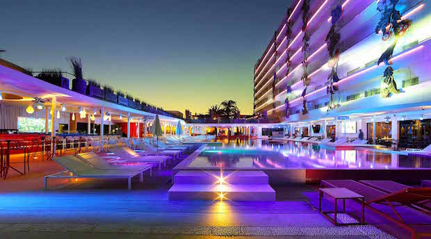 ushuaia-ibiza-beach-hotel-2b