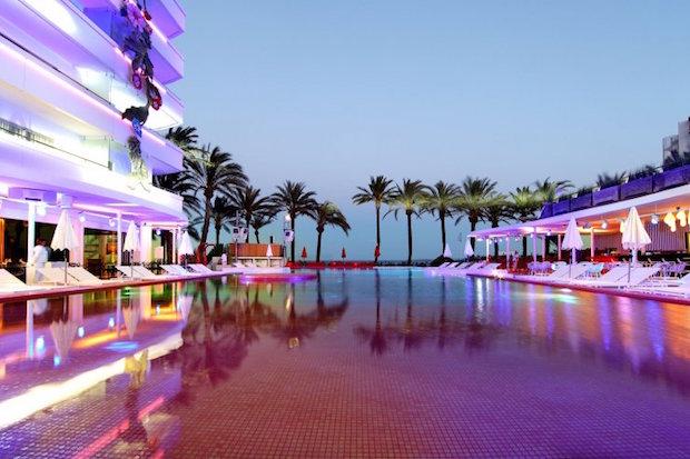 ushuaia-ibiza-beach-hotel-2c
