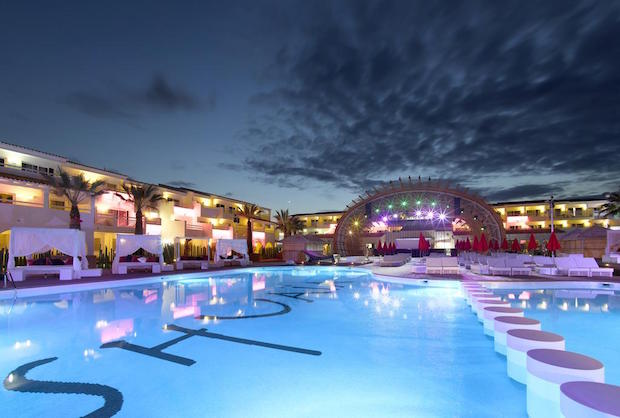 ushuaia-ibiza-beach-hotel-2f