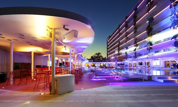 ushuaia-ibiza-beach-hotel-2g