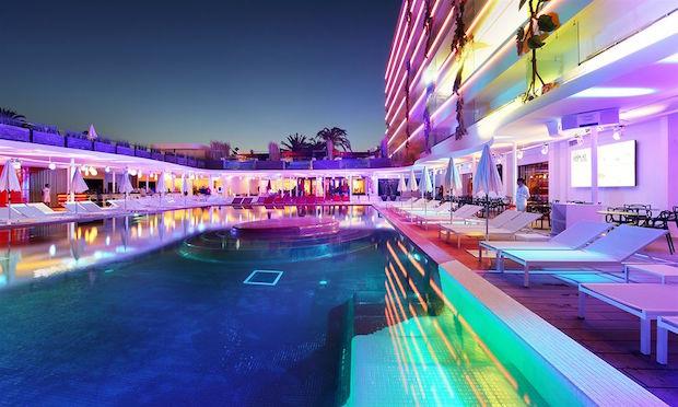 ushuaia-ibiza-beach-hotel-3a