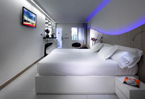 ushuaia-ibiza-beach-hotel-4e
