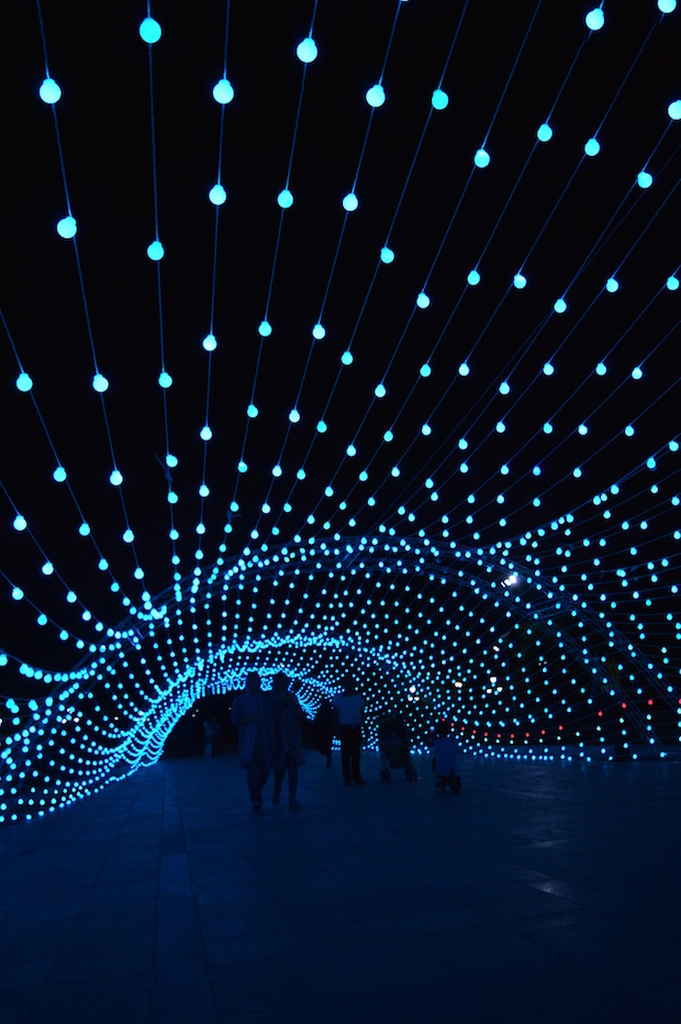 light-tunnel-parc-mellat-5